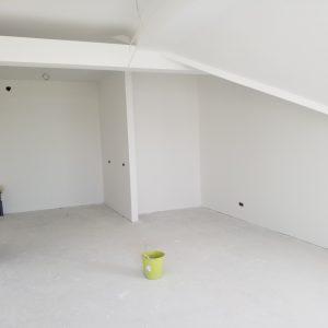 Wohn und Kochbereich im Dachgeschoss