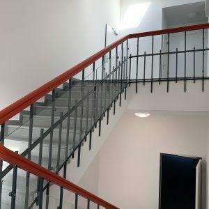 Fertigstellung der denkmalgeschützten Treppenanlage.