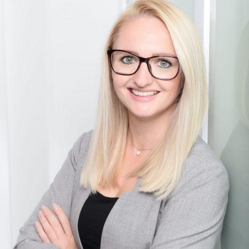 Mitarbeiter Irina Wiegel